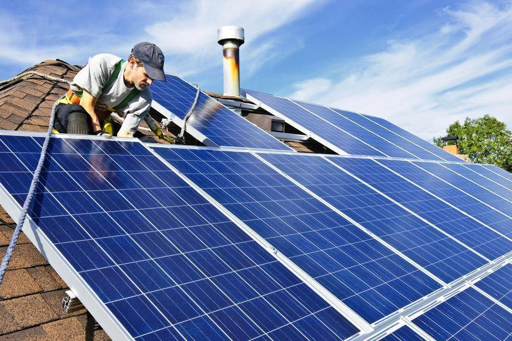 Everyone Is Nyc And Long Island Is Talking About The Huge Solar Energy Tax Credits And Benefits For Going Solar Save Big On Your Next Electri In 2020 Solar Panel System