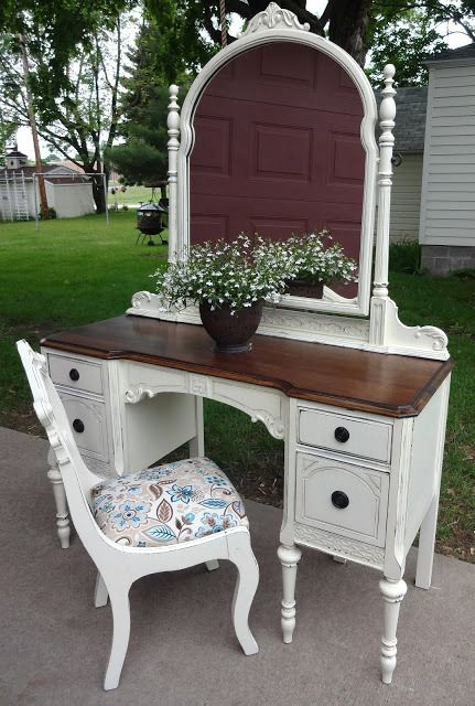 french vanilla vanity makeover - might have to do this with my vanity!  Antique White - Inspire Me Linky Party #15 For The Home Pinterest Furniture
