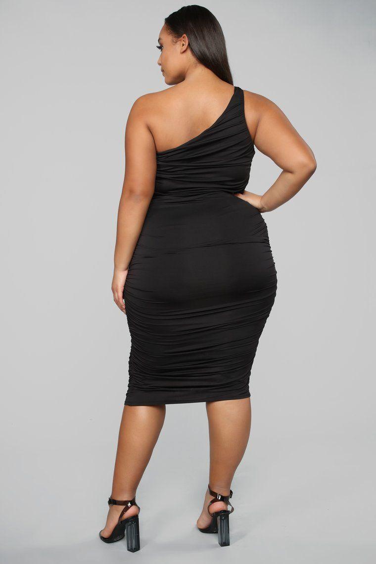 Barely Know Me One Shoulder Midi Dress Black In 2021 Black Midi Dress Fashion Dresses [ 1140 x 760 Pixel ]