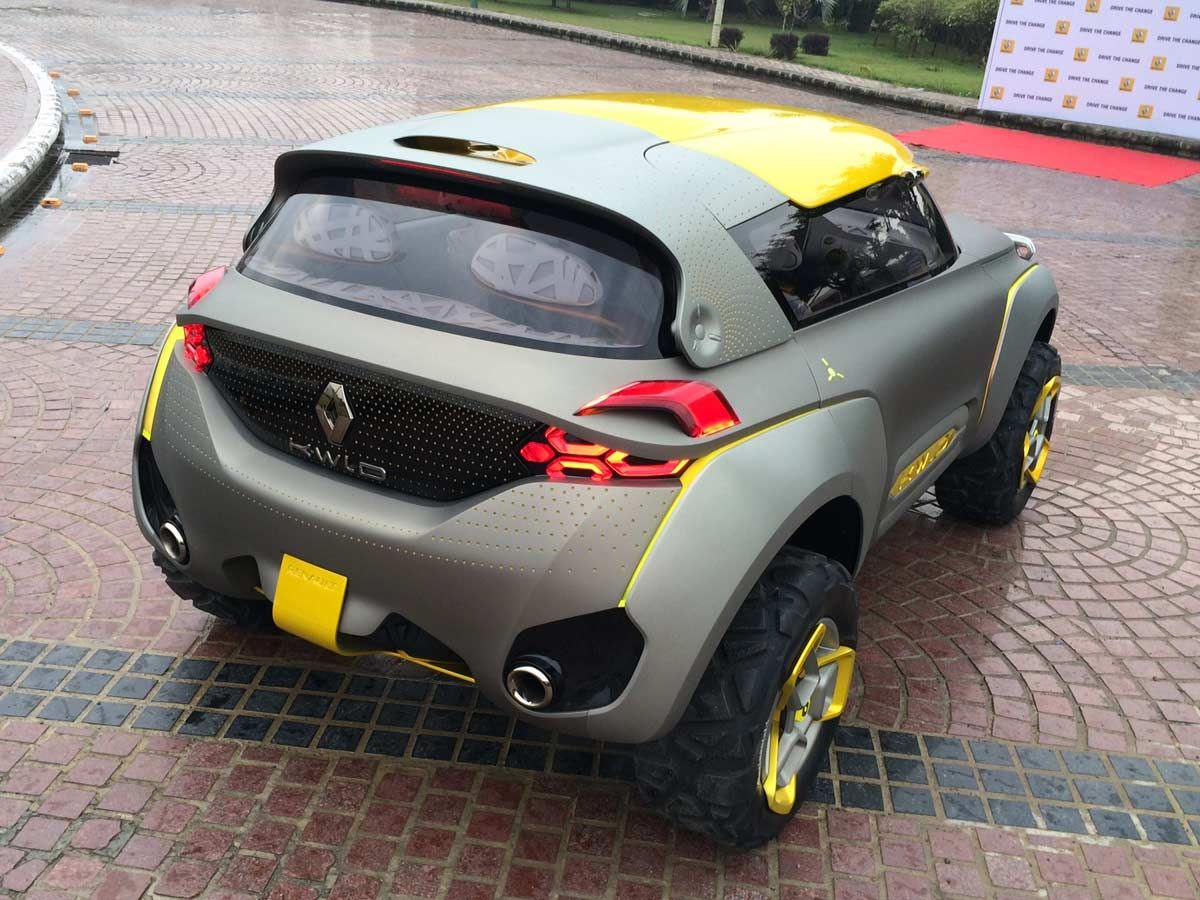 Renault Kwid Concept Renault Concept Cars Yacht Design [ 900 x 1200 Pixel ]