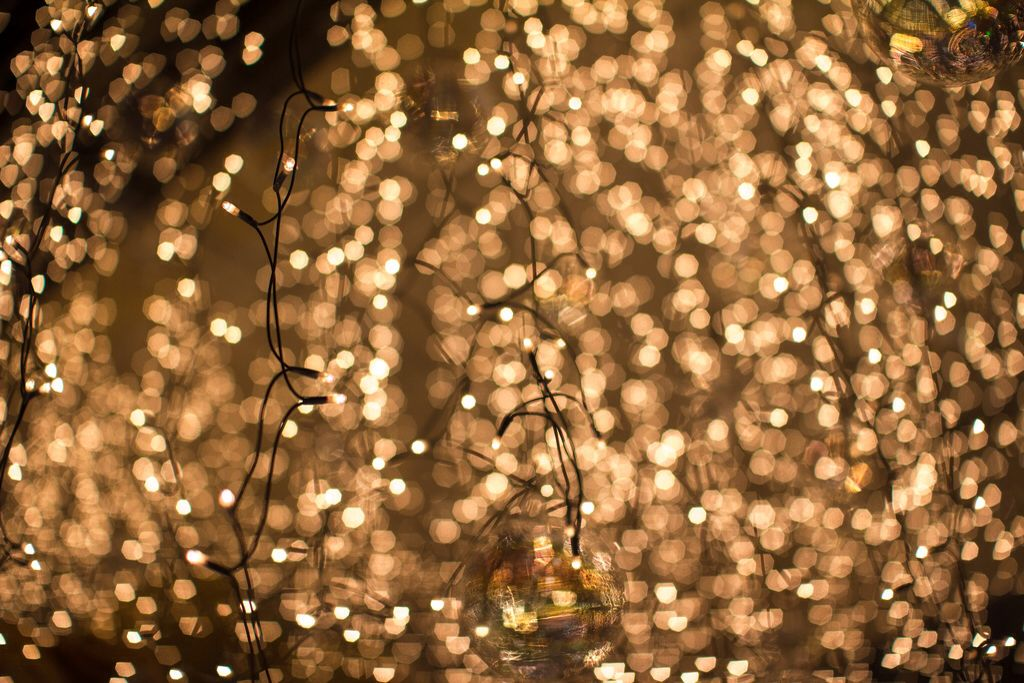 Lots Of Fairy Lights Wallpaper Lighting Fairy Lights Twinkle