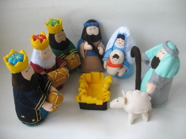 This adorable Felt Nativity Set is one of the best gift for a special occasion.Actually,one of my customer asked for a special order and later some customers asked if I will make this set again in my shop.Finally,I finished one more set.I took my time to craft in a lot of details for this work.I hope you will like the set.    Measurement:  Mary : Height 5.25 ,Width 3  Joseph: Height 5.25 ,Width 3 3 Wise men : Height 6 ,Width 3  Shepherd : Height 5.50 ,Width 3  Baby Jesus :Height 2.75 ,Width…