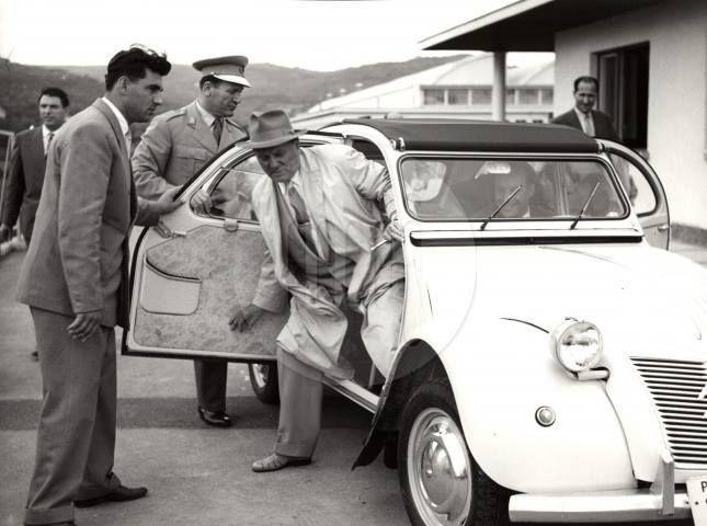 Yugoslav President Tito visiting Tomos factory ... inspection of a new 2CV (1959)