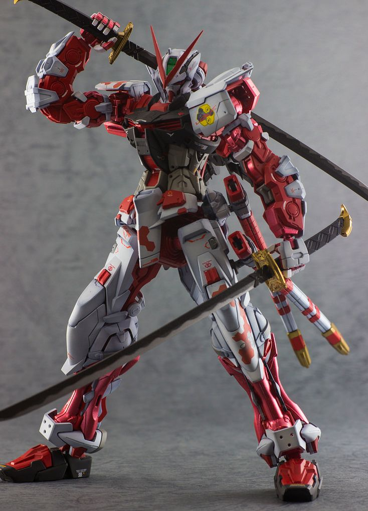 Superb MG 1/100 Gundam Astray Red Frame   Painted Build Modeled By Working Alone