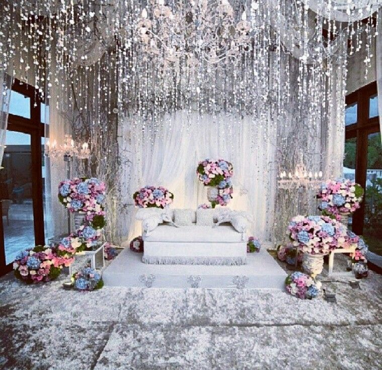 Pin By Al Aroussa Bridal Concierge On Wedding Decoration Stage Inspiration Wedding Stage Decorations Wedding Decorations Stage Decorations
