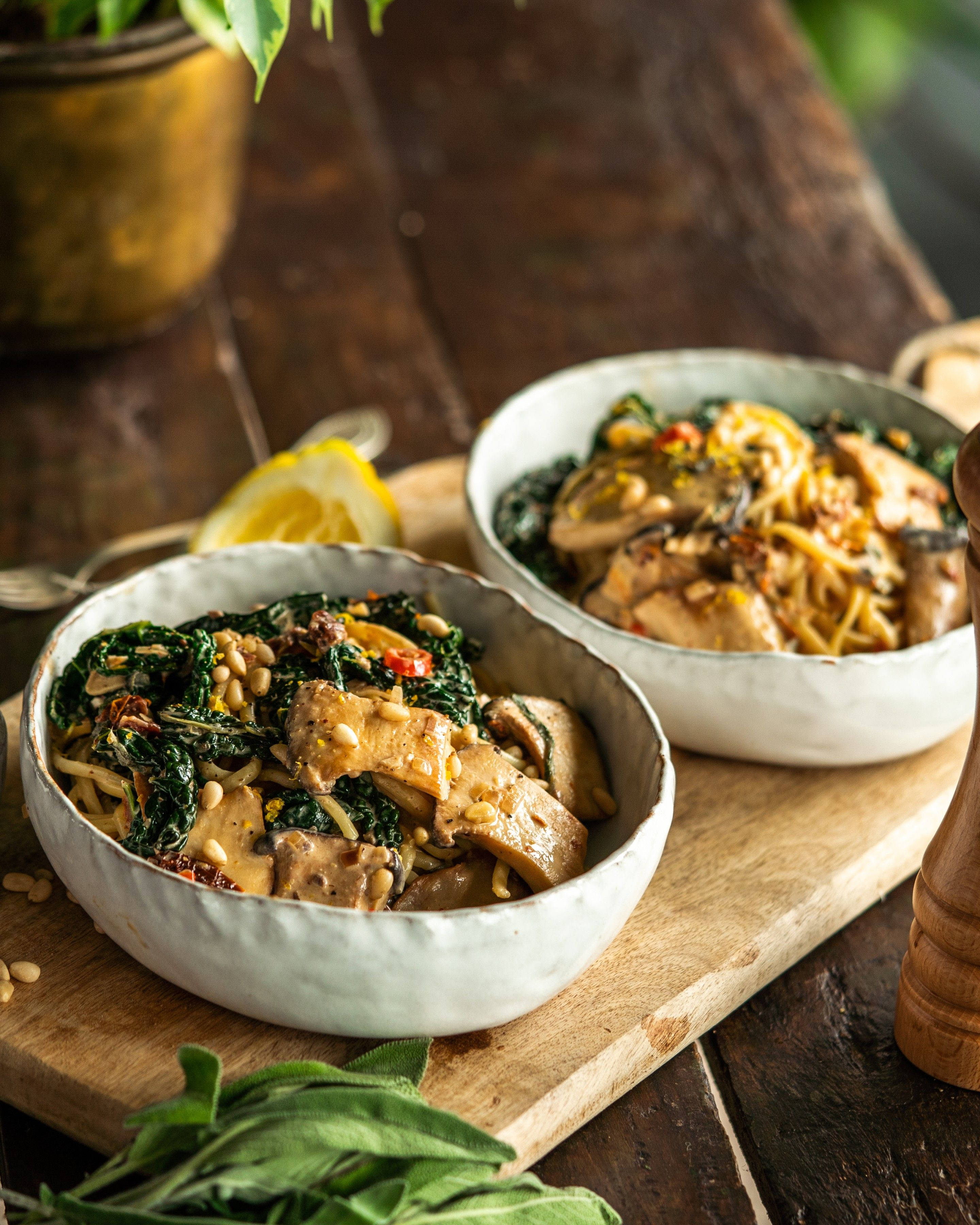 Creamy King Oyster Mushroom Pasta Avant Garde Vegan In 2020 Vegan Pasta Dish Mushroom Recipes Vegan Vegan Pasta