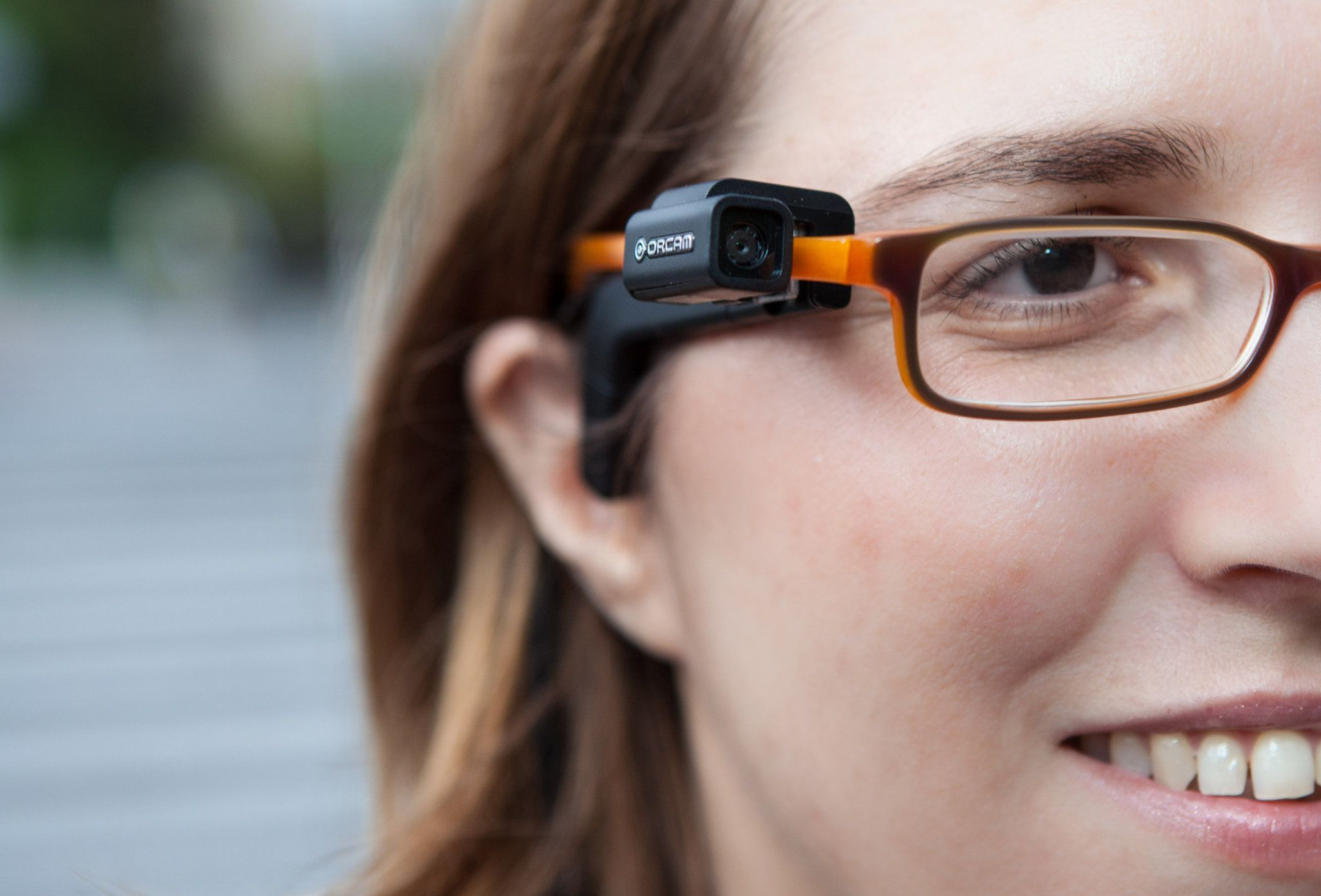 Device From Israeli Start Up Gives The Visually Impaired A Way To Read Visually Impaired Vision Impairment Wearable Computer