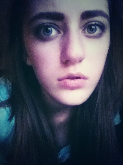 My Try At Frances Bean Cobains Eyebrows And Makeup I Couldnt