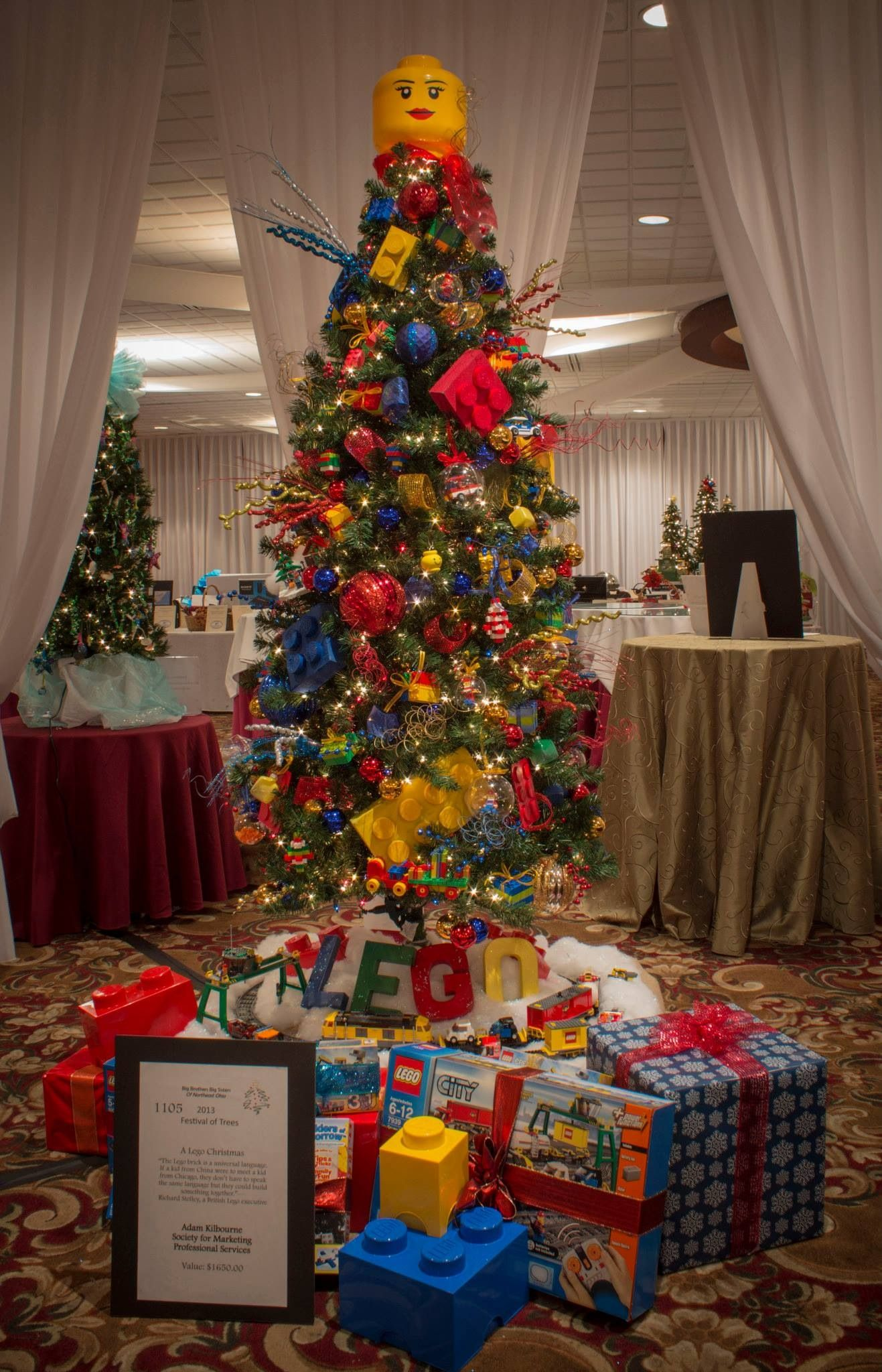 Lego themed christmas tree auctioned for charity holly holidays