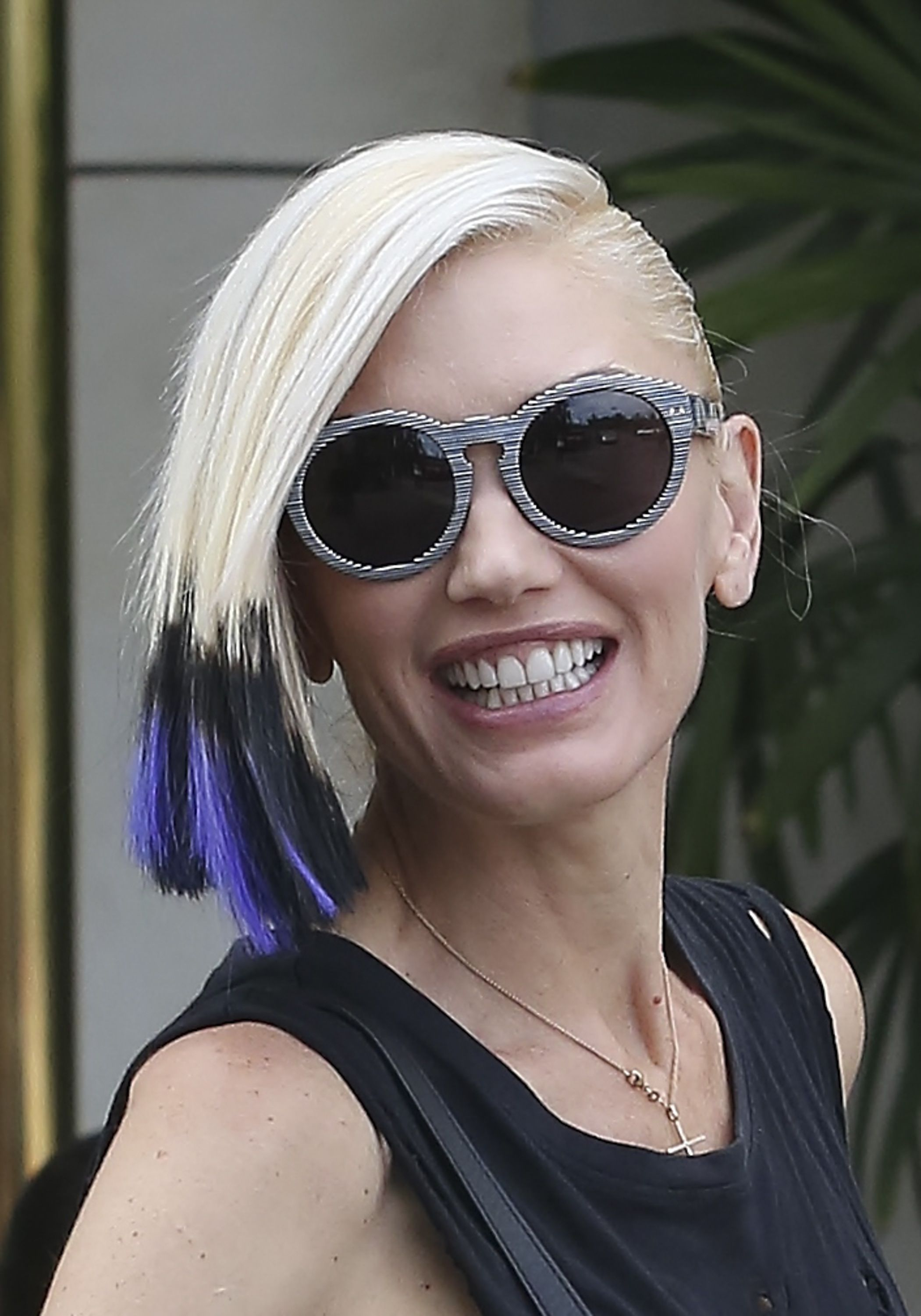 gwen stefani hair the voice | Gwen Stefani Debuts New Rocker-Chic Hairstyle One Month After ...