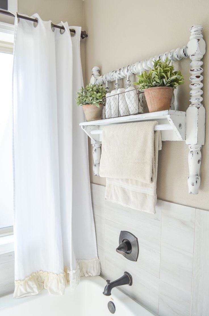 DIY Towel Bar from Vintage Bed Frame | Towels, Farmhouse style ...