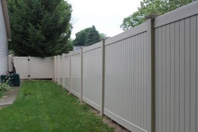 Pin By Ranch Life Plastics On Pvc Privacy Fencing By Ranch