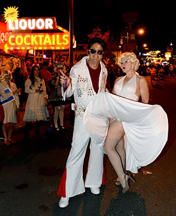 120 Creative Diy Couples Costume Ideas For Halloween 90s Halloween Costumes Diy Couples Costumes Couples Costumes