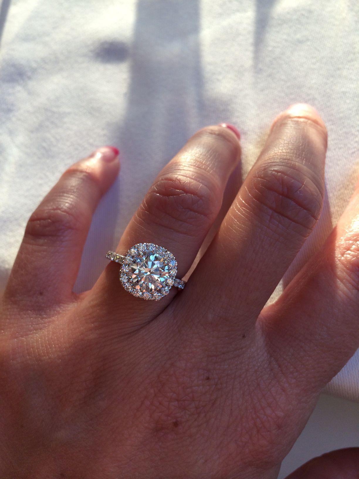 Show Me Your 1 5 Plus Ct Round Diamond In Cushion Halo Help Weddingbe Round Diamond Engagement Rings Round Halo Engagement Rings Round Diamond Cushion Halo