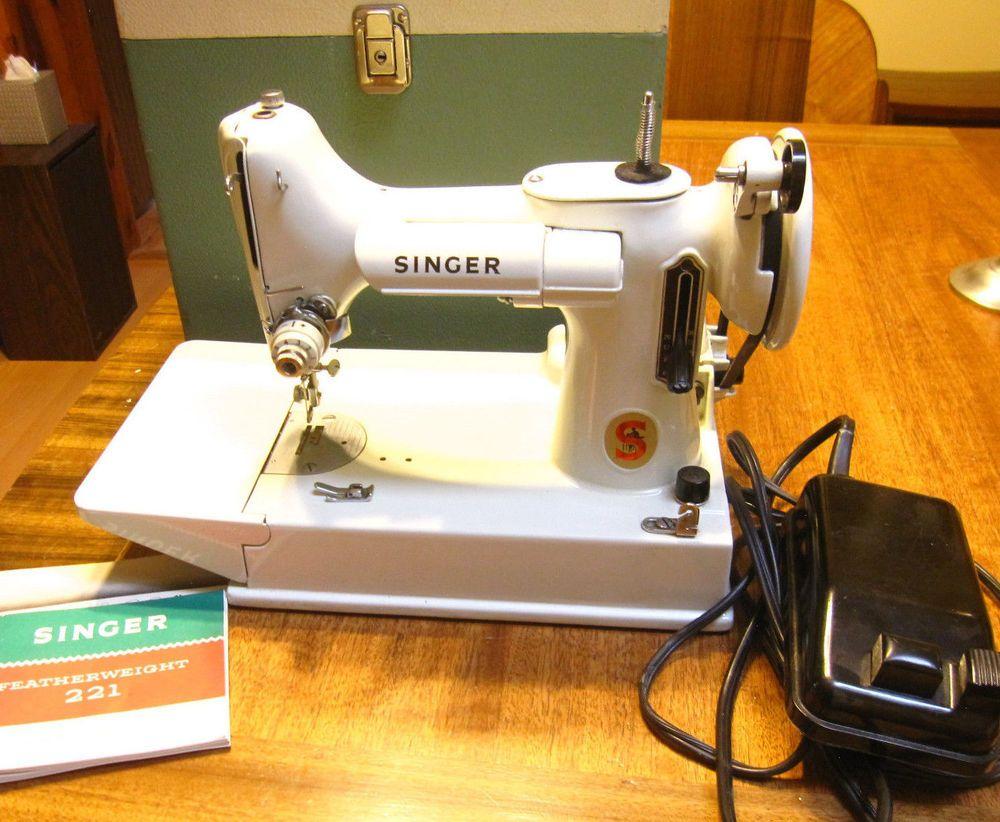 Vintage Singer FEATHERWEIGHT sewing machine WHITE 221K w/case+pedal WORKS  VGC