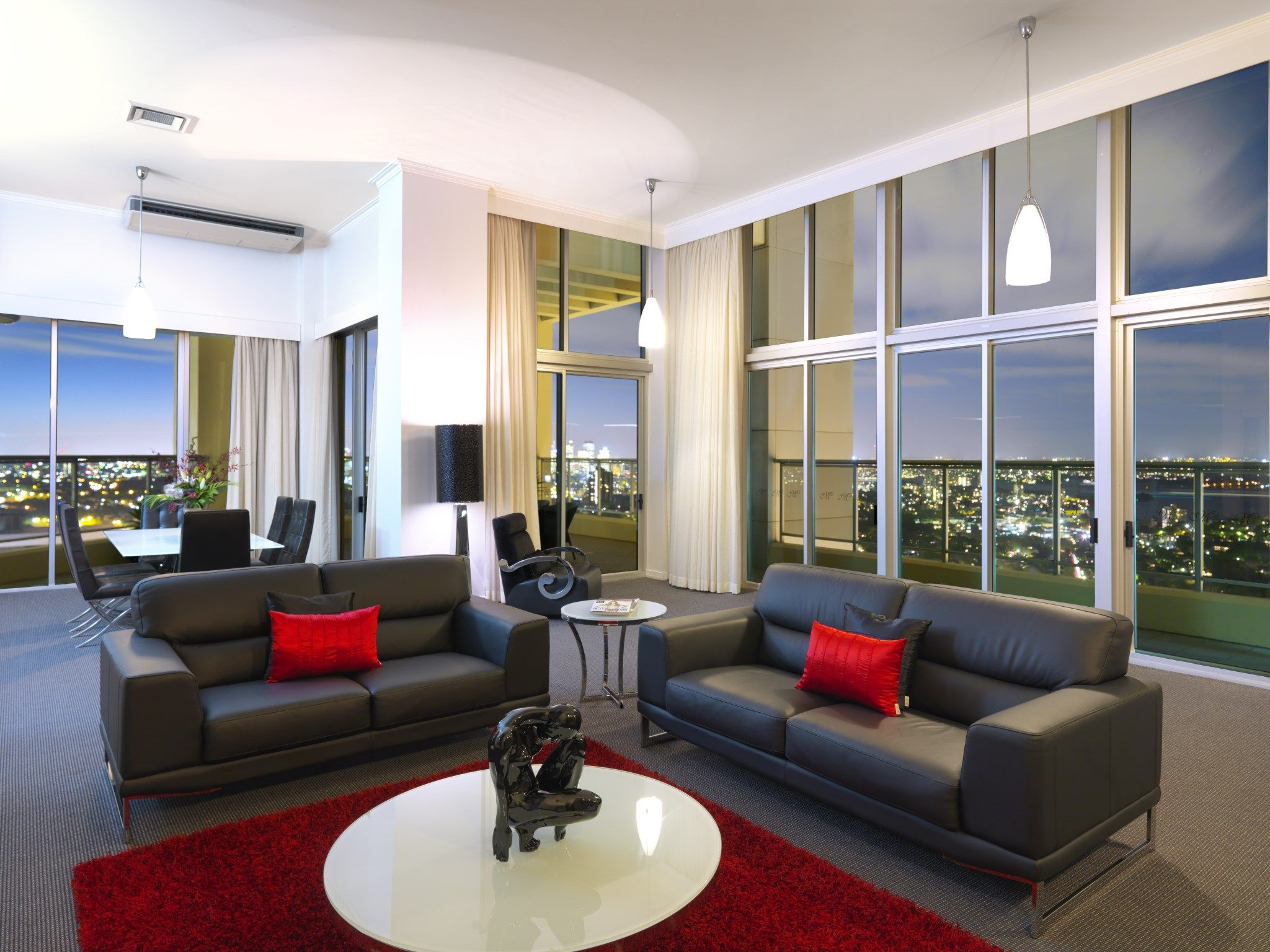 Admirable Exceptional Views Across The City The Beautiful Sydney Home Interior And Landscaping Dextoversignezvosmurscom