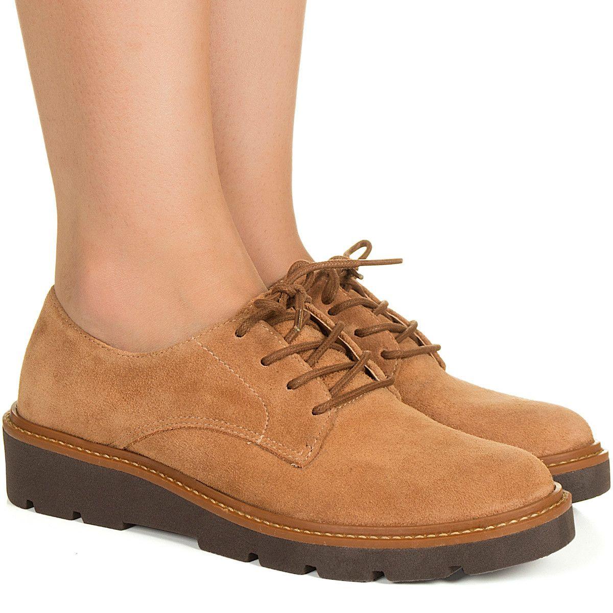 98d027e76 Sapato marrom com cadarço Taquilla Sapato Marrom