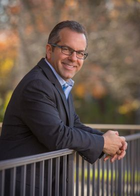 How an Interim CEO Saves a Company in 9 Steps