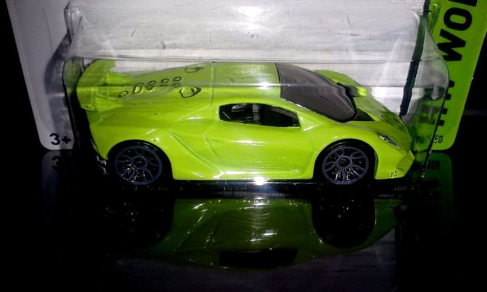 HOT WHEELS 2015 WORKSHOP LAMBORGHINI SESTO ELEMENTO (LIME GREEN) #HotWheels  #Lamborghini #