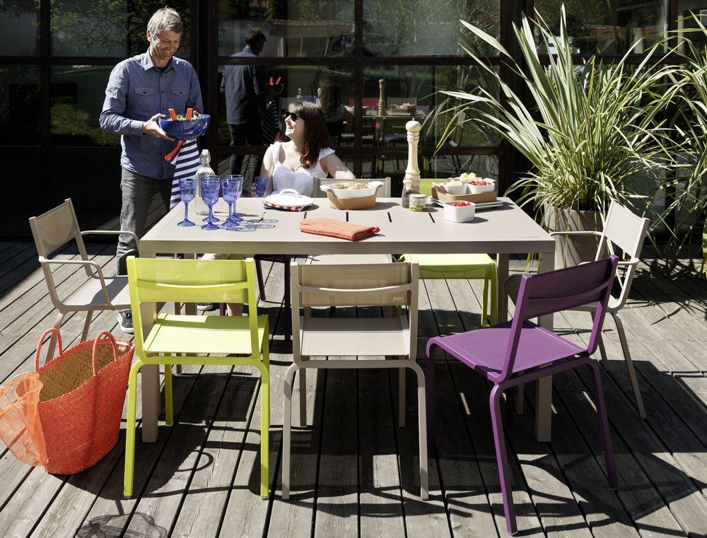 chaise ol ron chaise de jardin en toile table jardin. Black Bedroom Furniture Sets. Home Design Ideas