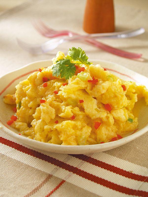 RECIPE milk toast scrambled eggs! 土司鮮奶炒蛋