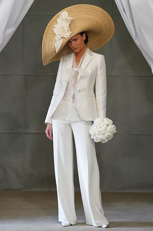 White bridal pant suit...Love it! http://erikadarden.com | {EDstyle ...
