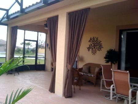 Florida lanai decorating ideas sunbrella drapes for Small lanai decorating ideas
