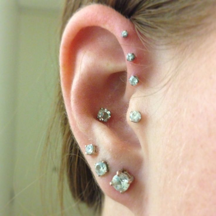 triple forward helix, conch and tragus | Piercings ... Ear Piercings Triple Helix