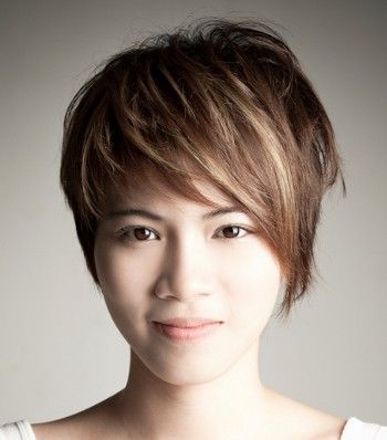 Pixie With Long Side Bangs Pixie Haircut For Thick Hair Haircut For Thick Hair Longer Pixie Haircut