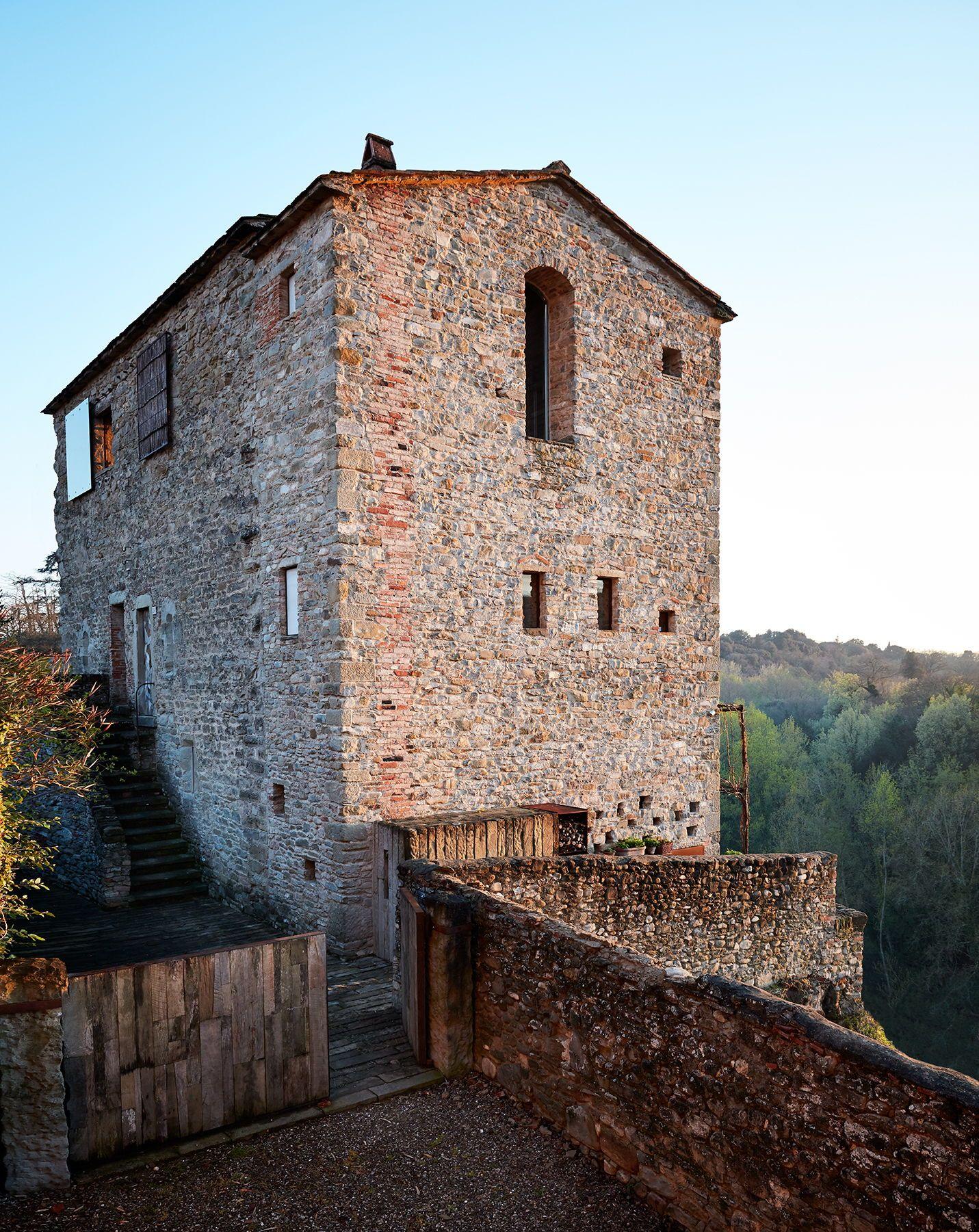 Prada's Architect Roberto Baciocchi's Tuscan Guesthouse Is
