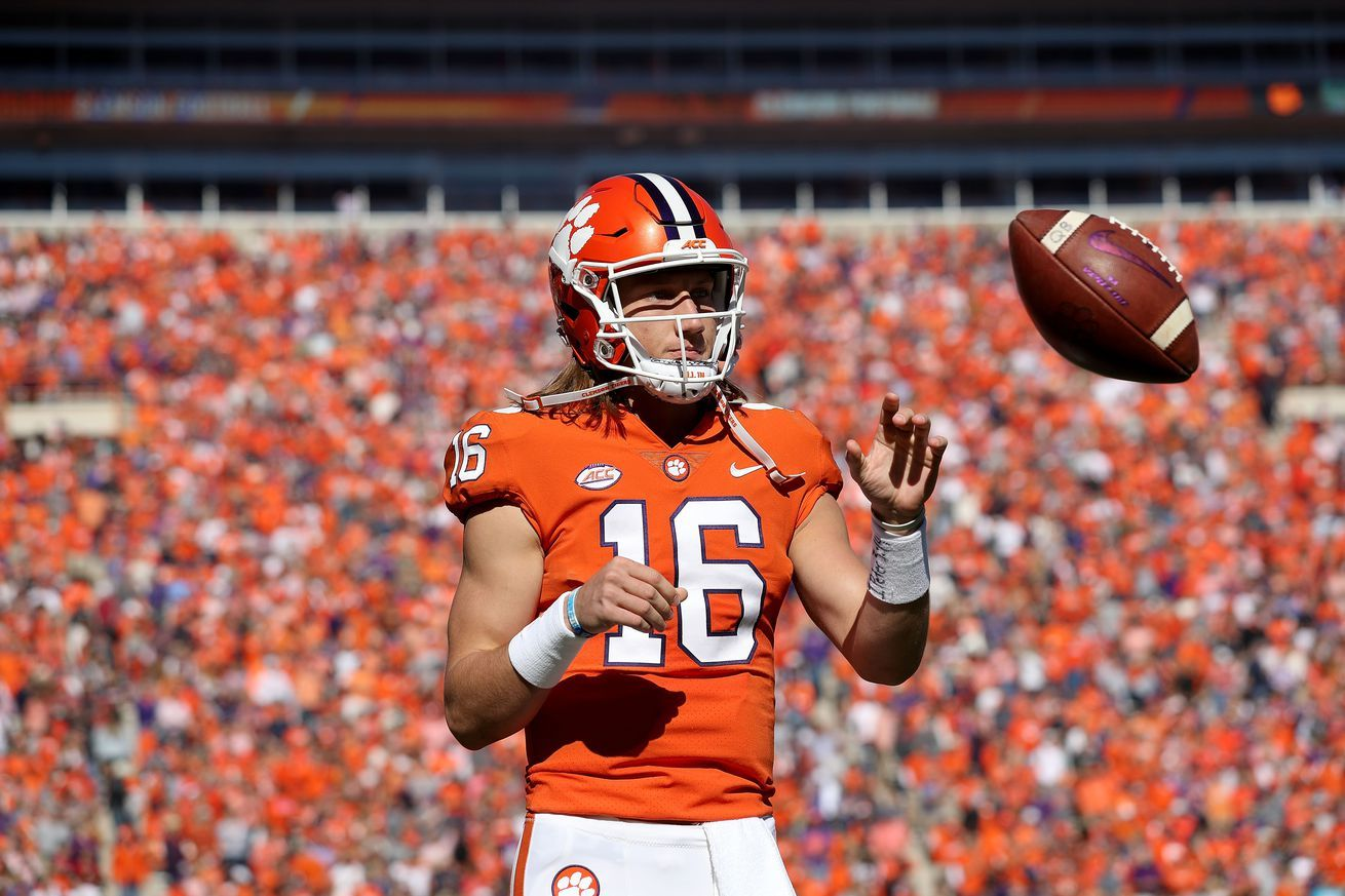 College football odds week clemson alabama favorites facing