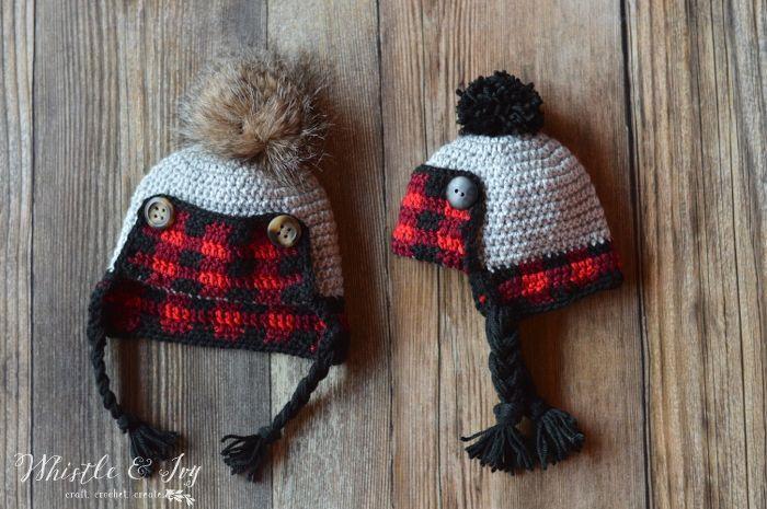 ZDARMA háčkovanie Vzor: háčkovanie Detská Plaid Trapper Hat |  Aby tento rozkošný rustikálny kockovanú čiapku pre dieťa tento rok v zime!  Zahŕňa tri veľkosti.