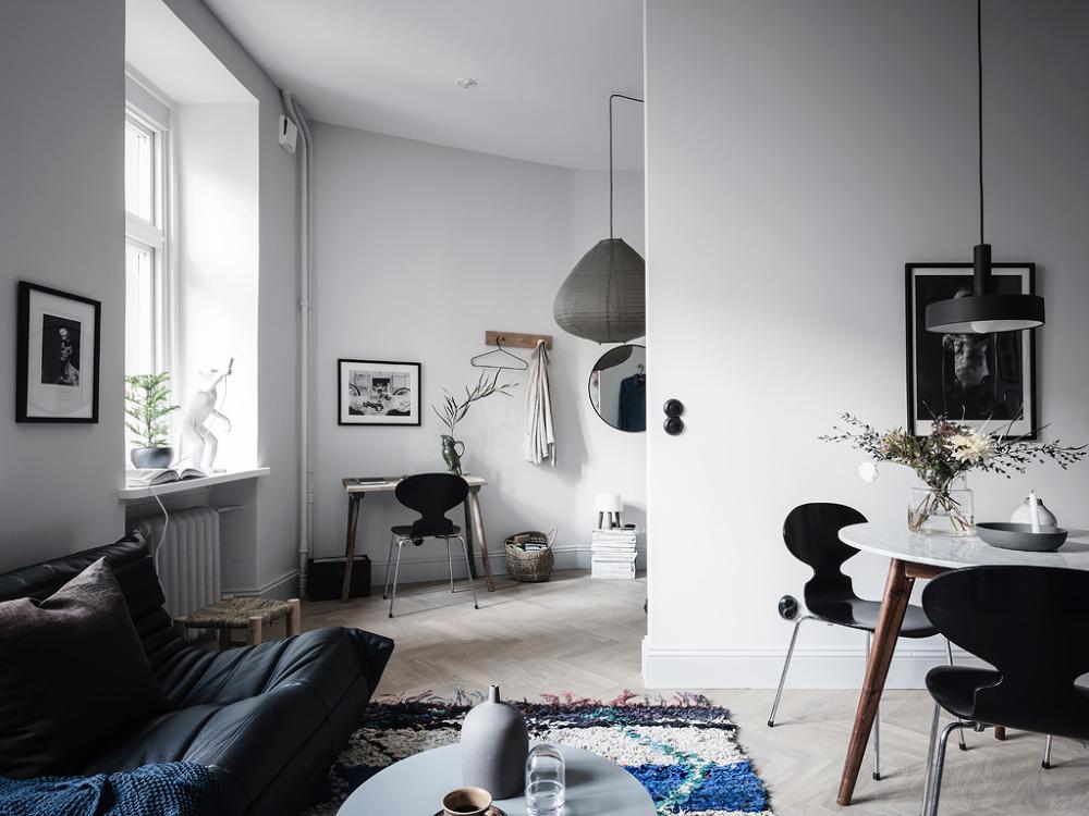 A Scandinavian Studio Apartment Decorated In Blue Tones — THE NORDROOM   Studio apartment ...