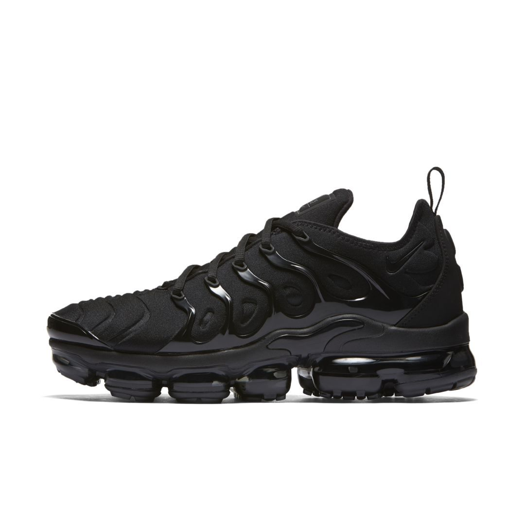 promo code 949c2 0f11e Air VaporMax Plus Men's Shoe | Products in 2019 | Nike air ...