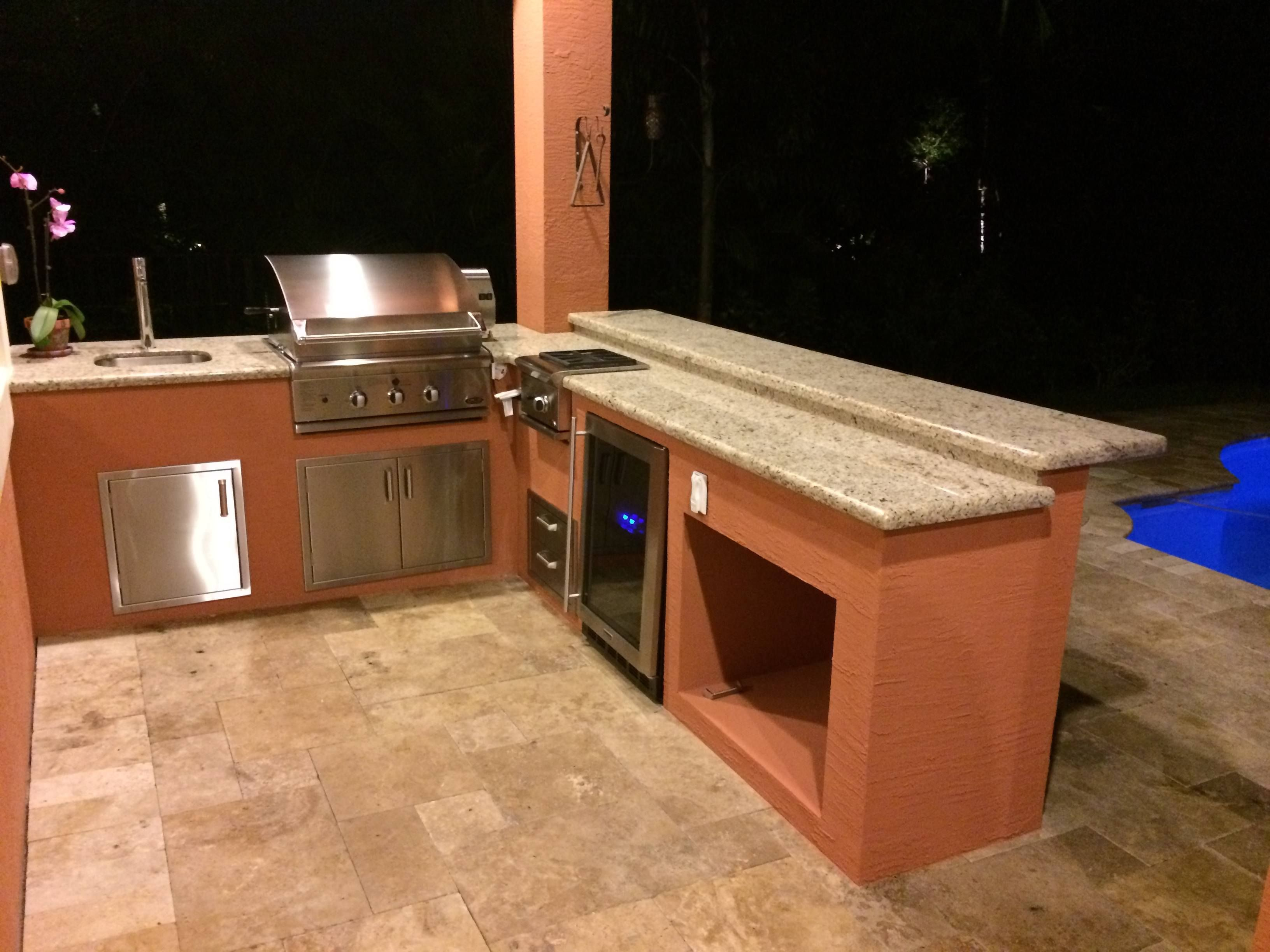 Outdoor Kitchen Island With Fridge