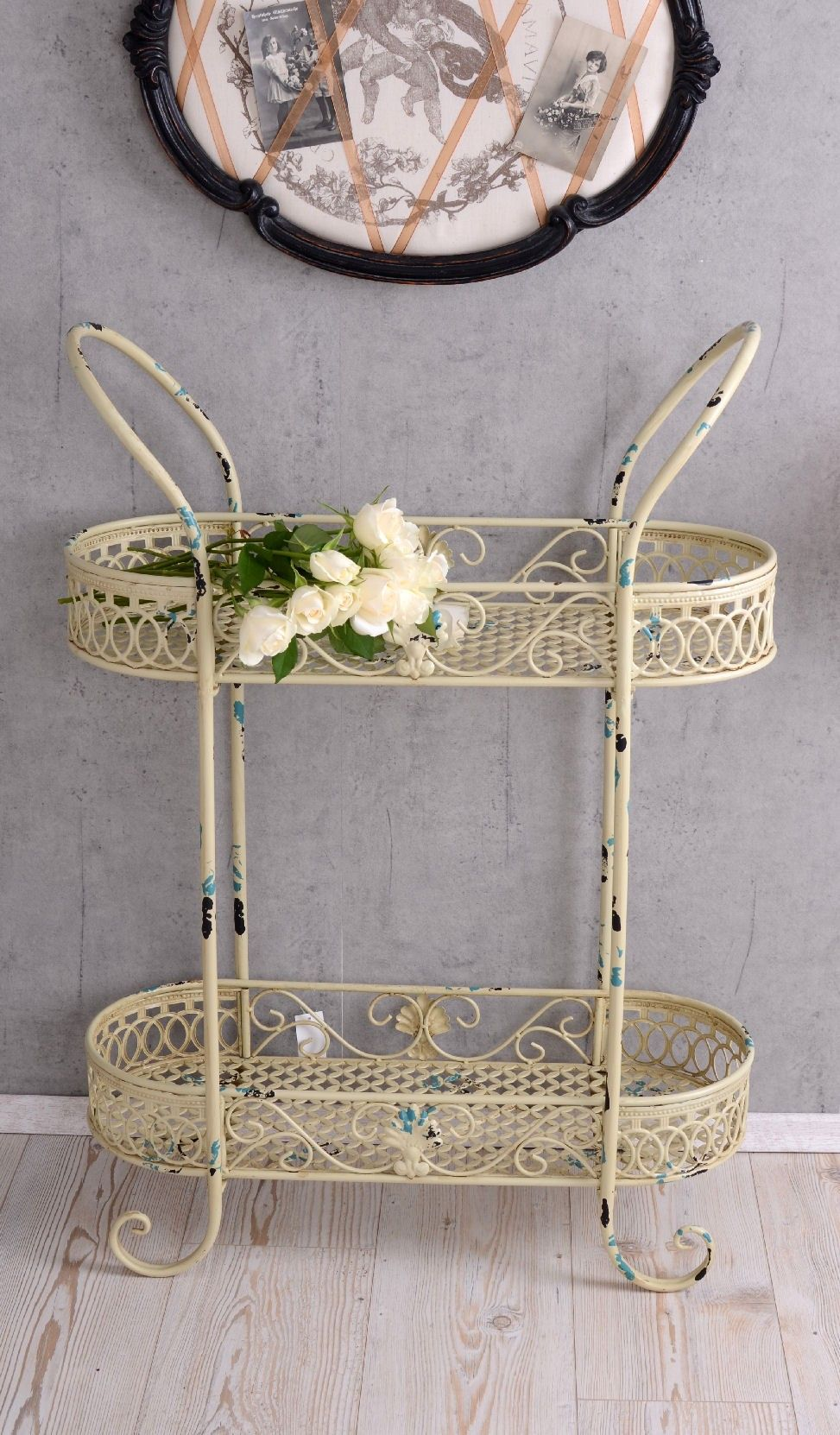 etagere shabby chic blumentreppe blumenetagere metallregal. Black Bedroom Furniture Sets. Home Design Ideas