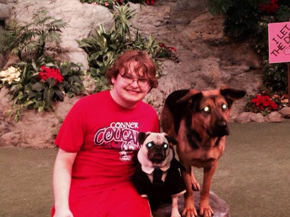 Me Petting Dogs At Universal Studios My Pet Dog Pet Dogs Pets