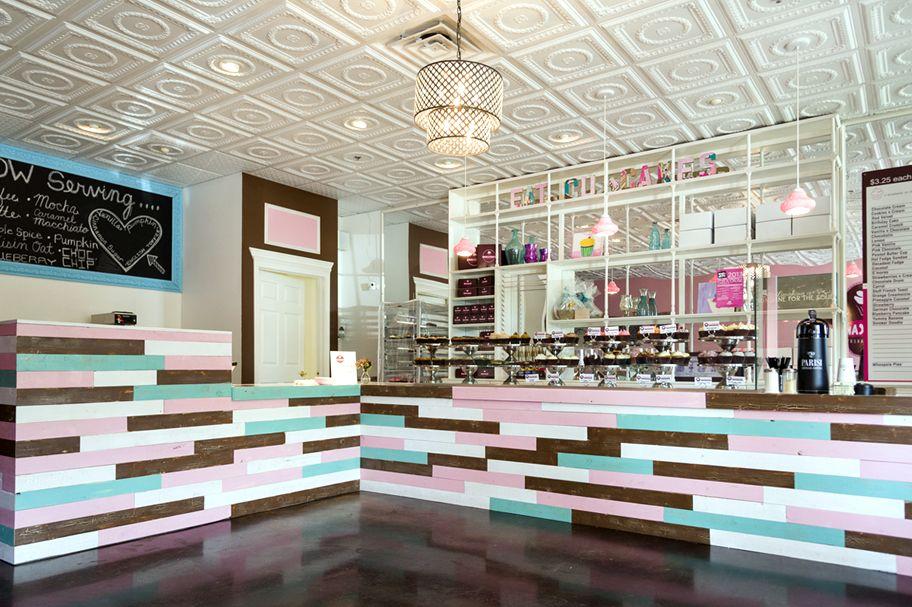 Open a Smallcakes Store Shop window design, Online shop