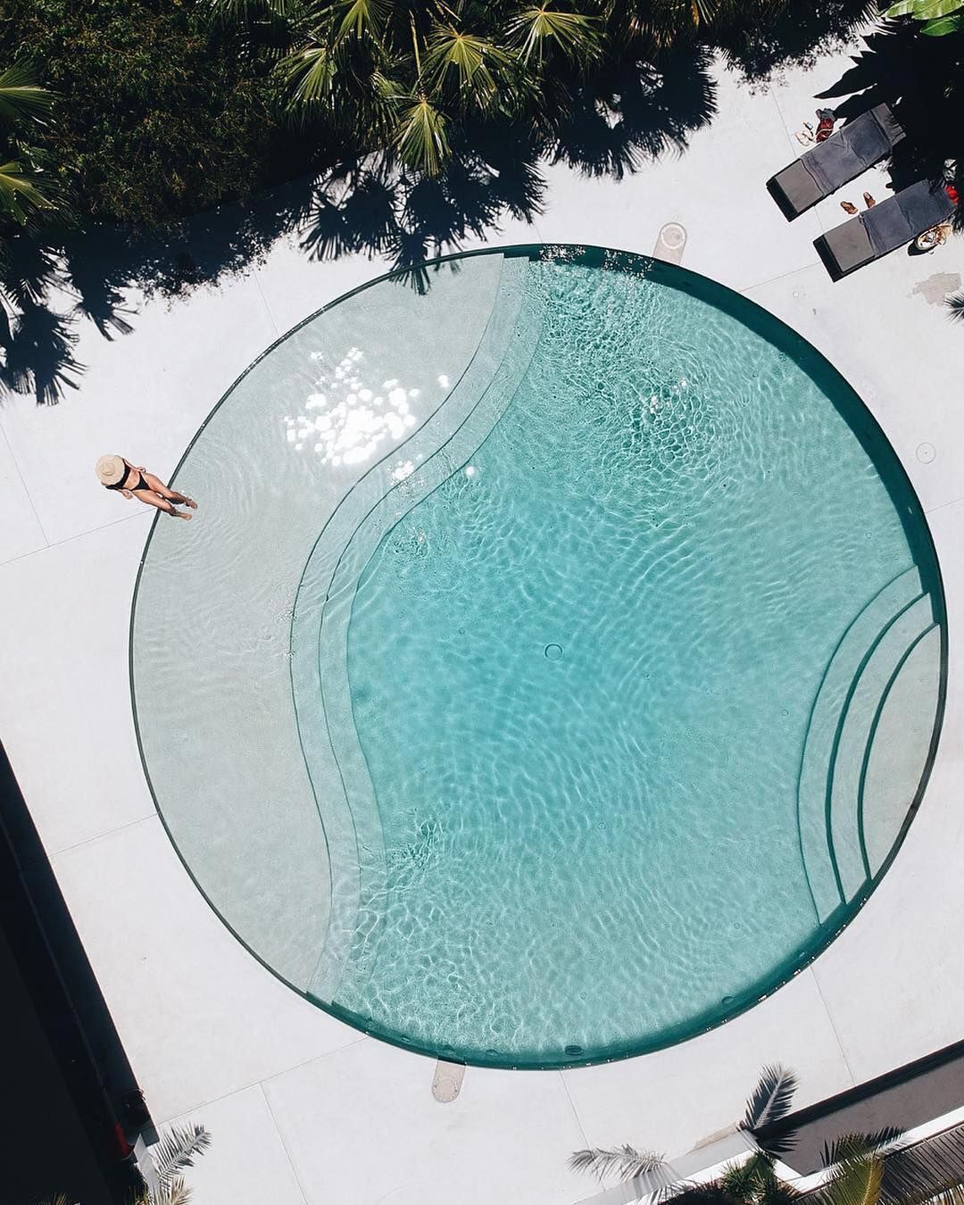 Swipe Left Which One Is Your Favorite 10 Amazing Pool Designs From Around The World Archit In 2020 Pool Designs Swimming Pool Designs Luxury Swimming Pools