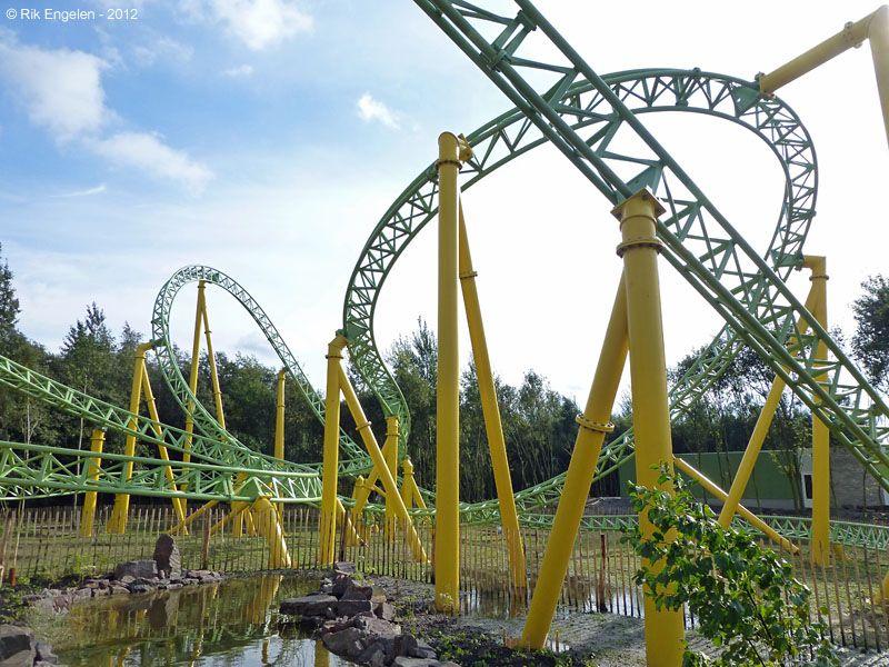 Dwervelwind Toverland Sevenum Limburg Netherlands Road Trip Europe Roller Coaster Amusement Park