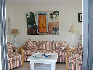 Seabreeze quietly secluded house 200ft from the most beautiful white sandy beach