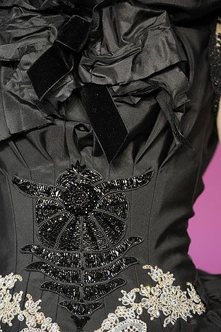 themadhatterfashionshow:  FALL 2008 COUTURE Christian Lacroix