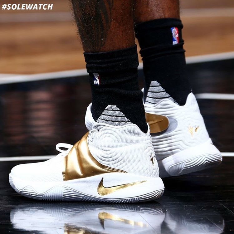 pretty nice 647a4 01c6a SoleWatch: #Cavs @KyrieIrving wearing a white and gold Nike ...