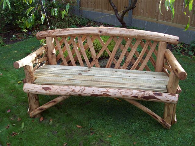 Awesome Canterbury 3 Seater Rustic Garden Bench