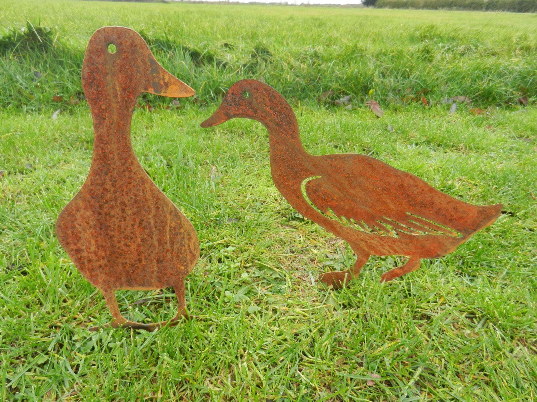 Rusty Metal Duck / Duck Garden Art / Metal Duck gift / Duck ...