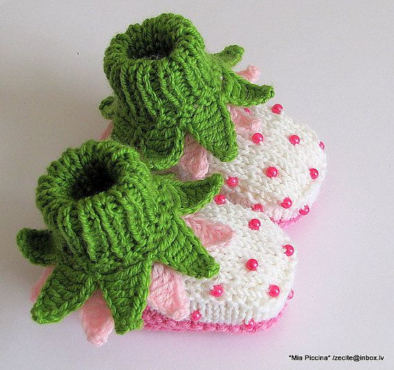 Baby booties Flowers Fairy Booties by zecite on Etsy, $19.00