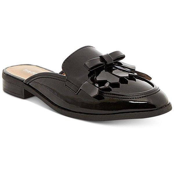 Madden Girl Aavaa Slide Flats (120 BRL) ❤ liked on Polyvore featuring shoes, flats, black patent, black fringe shoes, patent leather flats, flat shoes, black patent leather flats and black patent shoes