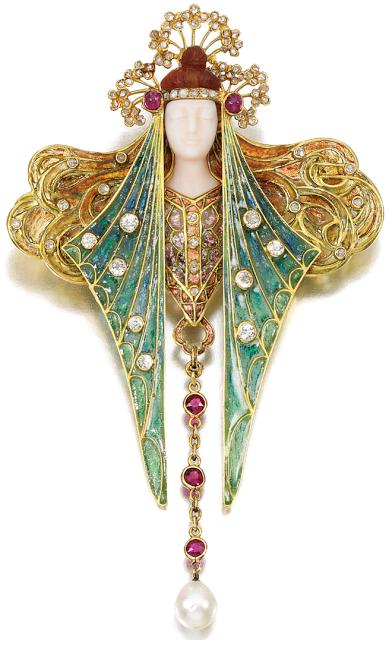 A stunning antique Art Nouveau brooch pendant designed by Georges Fouquet