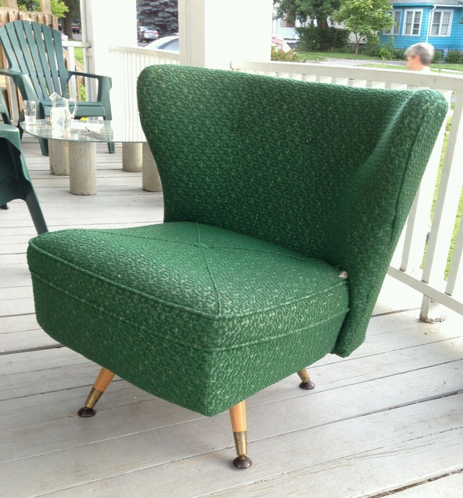 Exceptionnel Vintage Mid Century Swivel Slipper Barrel Back Lounge Chairs
