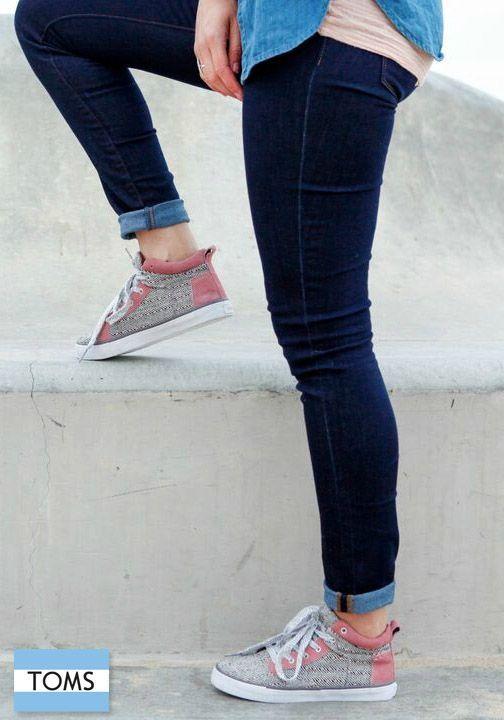Leotard fashion, Sneakers fashion outfits
